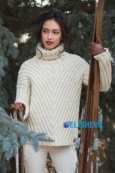 Белый жокейский свитер от Дананиэль Чалсон вязаный спицами | Блог elisheva.ru