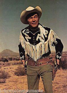 Dale Evans, Roy Rogers, Country Music Artists, Western Movies, Western Cowboy, Vintage Colors, Vintage Photos, Movie Stars, Westerns