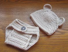 Crochet Baby Bear Hat and Nappy / Diaper Cover Set