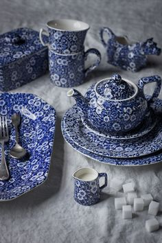 Burleigh blue Calico-would love to mix and match with blue transferware Blue Dishes, White Dishes, Blue And White China, Blue China, Vintage Dishes, White Decor, White Porcelain, Shades Of Blue, Yorkshire