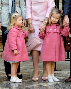 kids fashion, girls fashion, winter, spring, fall, fashion, coat Princess Sofia and Princess Leonor