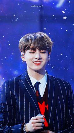 He looks like an angel😍 Jungkook Jeon, Kookie Bts, Jungkook Oppa, Kim Namjoon, Kim Taehyung, Bts Bangtan Boy, Seokjin, Baekhyun, Busan