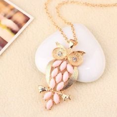 Unknown Vintage Pink Gem owl chain Necklace jewelry