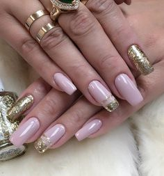 Nude colors are inconspicuous, feminine and seductive. If you add a little of gold… - #nails #nail #art #artnails #nailsart