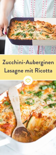 Diese Lasagne kommt ohne die namensgebenden Nudelplatten aus, wird stattdessen a… This lasagna does not have the eponymous pasta plates, instead it is layered with zucchini and aubergine. To melt away! Veggie Recipes, Pasta Recipes, Low Carb Recipes, Vegetarian Recipes, Healthy Recipes, Bread Recipes, Zucchini Lasagne, Eggplant Lasagna, Zucchini Aubergine