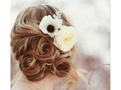 Flores en el peinado de novia