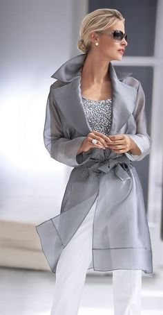 Ahh, The Pretty Things Grey Fashion, Womens Fashion, Fashion Design, Fashion Trends, All About Fashion, Passion For Fashion, Classy Outfits, Cool Outfits, Pull Torsadé
