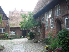 anderswohin.de: Unterwegs durch die verborgenen Höfe in Lüneburg