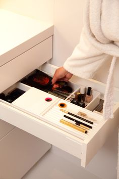 Organise your make-up drawer with the cubics of TA'OR.