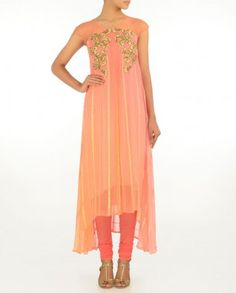 #Exclusivelyin, #IndianEthnicWear, #IndianWear, #Fashion, Peach Suit