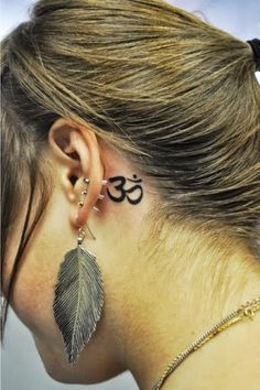 Ear Tattoo Designs For Women.Design tattoo for fashion girls. #tattoo #black  #girls www.loveitsomuch.com