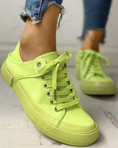 Solid Eyelet Lace-Up Casual Sneakers the top online fashion store for women. Shop sexy club dresses, jeans, shoes, bodysuits, skirts and more. Sneakers Outfit Casual, Casual Shoes, Green Sneakers, Mode Xl, Baskets, Yeezy Sneakers, Shoes Sneakers, Womens Golf Shoes, Sneaker Heels