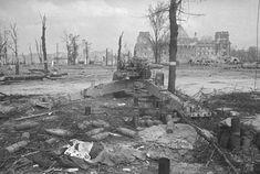 Рейхстаг после битвы за Берлин, 1945 год, Германия, г. Берлин