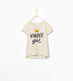 "Imagem 1 de T-SHIRT ""WONDER GIRL"" da Zara"