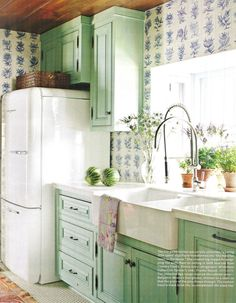 Elmira retro refrigerator. Interior design by Rhoda Burley Payne. Photography by James Merrell. House Beautiful (September 2011).