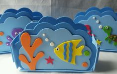 Porta Guardanapo Fundo Do Mar no Elo7 | Sonho Doce Lembrancinhas e Decorações (B2BB0C) Christmas Crafts For Kids, Summer Crafts, Sea Crafts, Diy And Crafts, Baby Hai, Mermaid Under The Sea, Boy Baby Shower Themes, Mermaid Birthday, Party Items