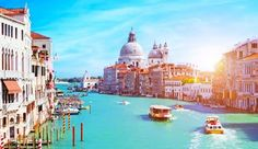 Venice is timeless. What's not to love? Add Venice in your bucket list mylifebucket.com