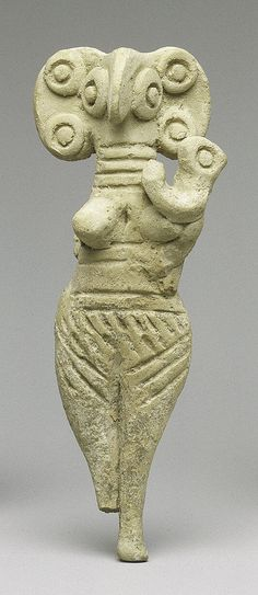 Terracotta statuette of woman with bird face Period: Late Cypriot II Date: ca. Ancient Artefacts, Ancient Civilizations, Ancient Aliens, Ancient History, Ancient Goddesses, Art Sculpture, Garden Sculptures, Art Ancien, Creta