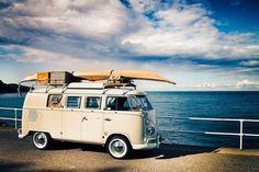 Cool surfing Kombi