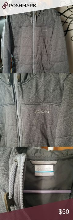 Women's Columbia winter coat Size XL women's winter coat. Bought last winter at Columbia store and only worn for 1 season. Lost more weight, now it's too big on me. It's a gray-blueish color. Thin, but warm. Make me an offer! Smoke free, pet friendly home. Columbia Jackets & Coats Puffers