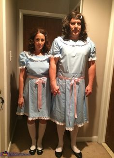 Coolest couples Halloween costumes - The Grady Twins Costume Cool Couple Halloween Costumes, Twin Halloween, Halloween Costume Contest, Halloween Cosplay, Costume Ideas, Halloween Ideas, Halloween Humor, Halloween Halloween, Halloween Makeup