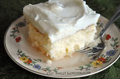 Our Sweet Lemons: Crushed Pineapple Cake Cakes To Make, Just Cakes, Köstliche Desserts, Delicious Desserts, Dessert Recipes, Delicious Cupcakes, Sweet Desserts, Yummy Food, Cake Mix Recipes