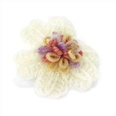 Crochet Flower Girls Hair Clip Cream