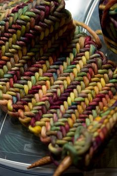 "Herringbone neckwarmer: free knitting pattern (knit) the colors are a ""four bean salad"" we like during the summer :)"