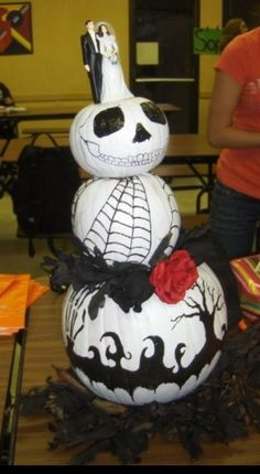 """Spooky wedding cake """"carved"""" pumpkin, winner of the pumpkin carving contest!"""