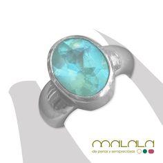 #anillo en plata con una maravillosa piedra #aguamarina. No te cansarás de mirar sus reflejos y su transparencia azulada. #ring #accesorios #joya