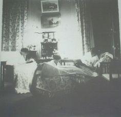 Tatiana , Anastasia and Olga Nikolaevna at Tobolsk.