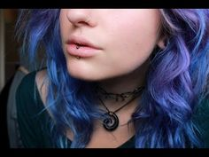 This labret complements her hair perfectly – 2019 Best Piercing Models Middle Lip Piercing, Lip Piercing Labret, Vertical Labret Piercing, Lip Piercing Jewelry, Labret Jewelry, Piercing Tattoo, Body Jewelry, Peircings, Piercing Kit