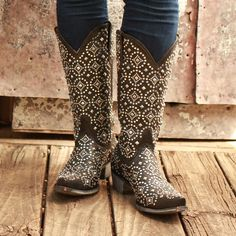 Old Gringo Black Difama Cowgirl Boots | Add a little edge to your country style with these black and silver studded rock and roll cowboy boots from D&D Texas Outfitters!