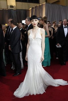 Red Carpet Report: Rooney Mara in Givenchy and Fred Leighton.