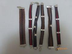 Bonecas do 1069, Pulseiras de couro