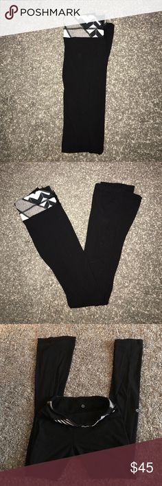 🎉TODAY ONLY SALE 🎉 Lululemon yoga pant *Practically New*  Lululemon yoga pant lululemon athletica Pants Leggings
