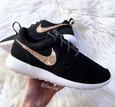 Nike Roshe Run Black/White customized with Rose Gold SWAROVSKI Xirius Rose-Cut  Crystals