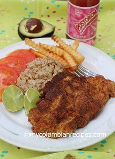 Chuleta Valluna, Lomo de Cerdo apanado or empanizado is one of the most popular dishes in Colombian Restaurants.This Pork dish is a traditional dish from El Colombian Dishes, Colombian Cuisine, Pork Recipes, Cooking Recipes, Noodle Recipes, Yummy Recipes, Dinner Recipes, Columbian Recipes, Lentil Soup Recipes