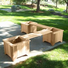 planter and bench set... would be great if I had a deck!