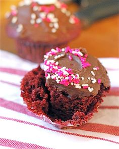 Red Velvet Cupcakes. Say I Love You on Valentine's Day with something totally indulgent. Valentine cupcake recipes.