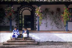 Afternoon embriodery on the hacienda steps Ecuador, Free Yoga, To Go, Vacation, Places, Highlands, Image, House Ideas, Lugares