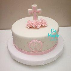 Baby Girl Christening Cakes Choosing baby baptism dresses for children Baby Girl Christening Cake, Baby Baptism, Christening Dresses, Fondant Cakes, Cupcake Cakes, Baby Cakes, Confirmation Cakes, Baptism Cakes, Dedication Cake