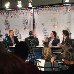 TYT Live Show at PolitiCon super proud and honored to be a network partner the room is packed!! #Politicon #TYT #TYTNation #nofilter : @ronplacone