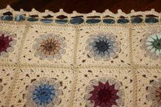 crochet  copertina per culla in lana e misto lana di NoiArdite, €60.00