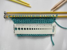 Gauge swatch - using a ruler to measure