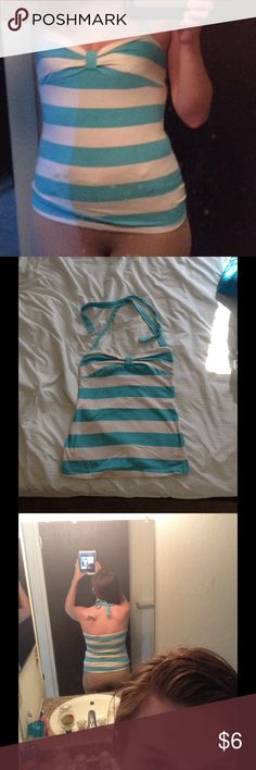 Halter Top Used couple times. So cute in style for vacations!! Had to get rid of my summer closet to fill fall/winter in! 90% Cotton 10% Spandex Ocean Drive Tops Crop Tops