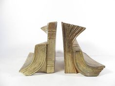 Hey, I found this really awesome Etsy listing at https://www.etsy.com/listing/527263865/vintage-brass-book-bookends-brass