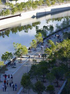 EU Mies Award :: Shortlisted 2013 Edition > Madrid RIO > Rubio & Álvarez-Sala estudio de arquitectura, West 8 urban design & landscape architecture b.v., Burgos & Garrido Arquitectos Asociados Porras & La Cast, Architects > Madrid, Spain