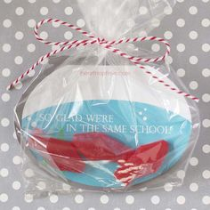 "OMG these are too cute! ""I'm glad we're in the same school"" free Valentine printable from iheartnaptime.com . Print out and put in a plastic bag with Swedish fish. #handmadevalentines"