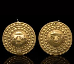 Pair of Nariño Discs | ca. 800 - 1500 A.D. | Gold (probably 20k or higher); embossed with human faces in high relief | Est. 15'000 - 20'000$ ~ (Nov '10)